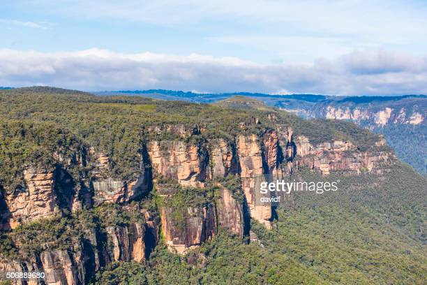 blue mountains wald wildnis australien - great dividing range stock-fotos und bilder