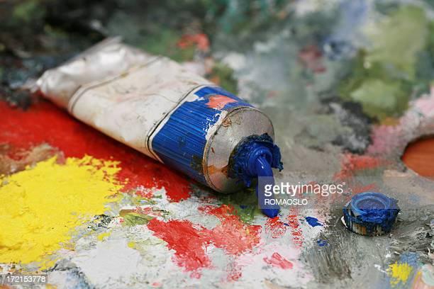 Blue oil color on a palette