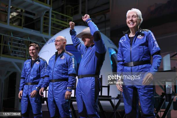 Blue Origin's New Shepard crew Oliver Daemen, Mark Bezos, Jeff Bezos, and Wally Funk hold a press conference on July 20, 2021 in Van Horn, Texas. Mr....