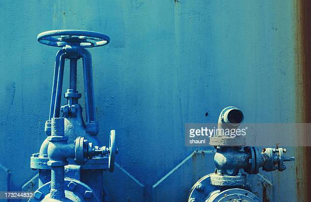 blue piping - water tower storage tank stock pictures, royalty-free photos & images