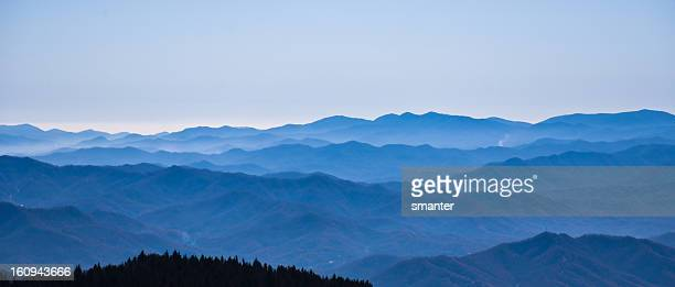 montanhas blue ridge - parque nacional das great smoky mountains - fotografias e filmes do acervo
