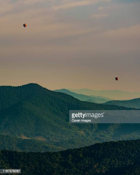 blue ridge parkway hot air balloons - blue ridge parkway stock pictures, royalty-free photos & images