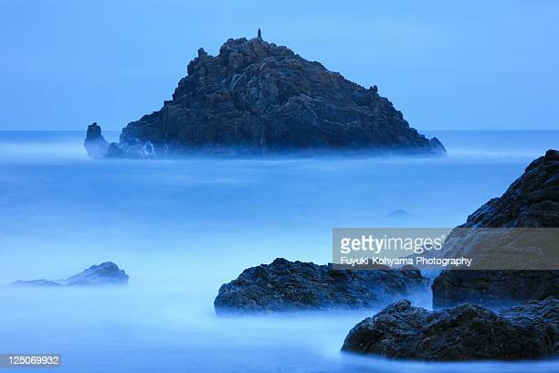 blue sea - aichi prefecture stock pictures, royalty-free photos & images