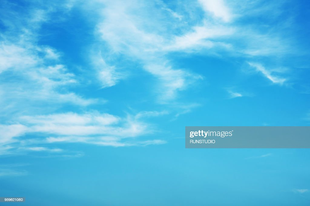 Blue Sky and Clouds : Stock-Foto