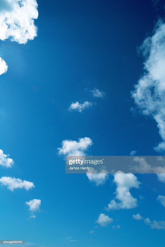 Blue sky with clouds : Stockfoto