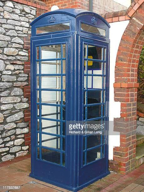 blue telephone box, plymouth - telephone box stock pictures, royalty-free photos & images