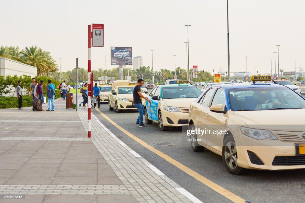 Blauen Top Taxis in Dubai : Stock-Foto