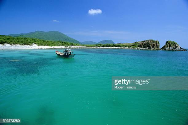 Blue waters off Ebony Island (Hon Mun), one of a group of offshore islands, Nha Trang, Vietnam, Indochina, Southeast Asia, Asia