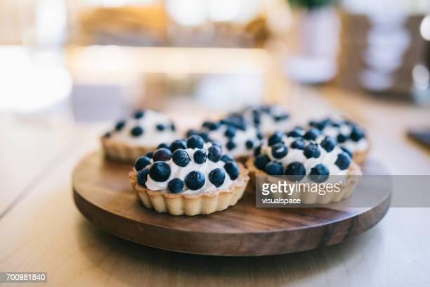 blueberry cake - estonia stock pictures, royalty-free photos & images