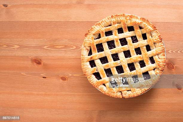 blueberry pie - sweet pie stock pictures, royalty-free photos & images