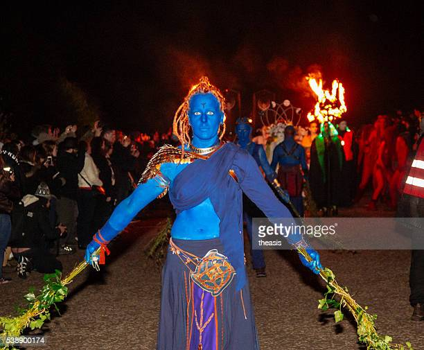 blues auf dem beltane fire festival, edinburgh - theasis stock-fotos und bilder