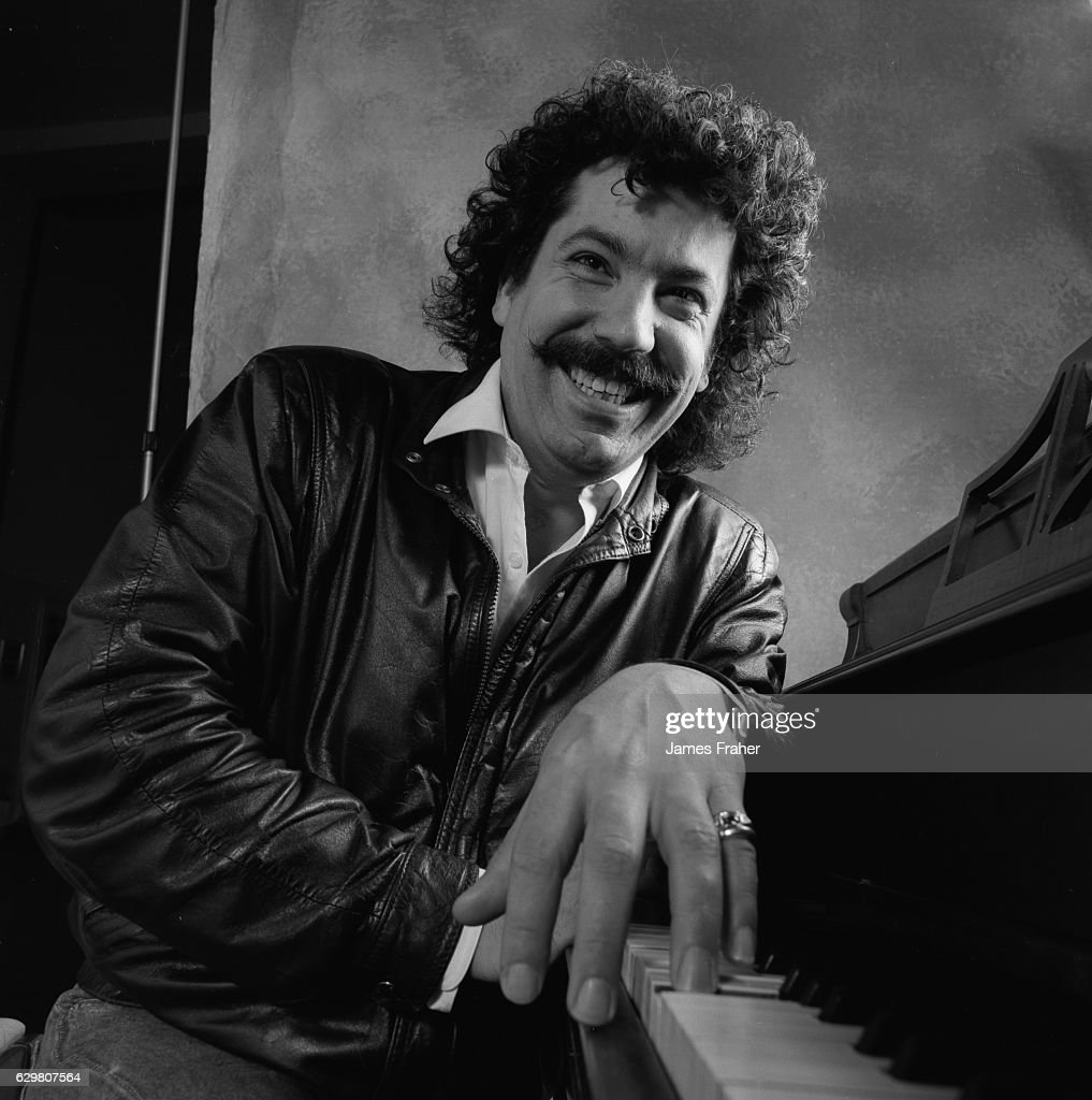 Blues pianist Barrelhouse Chuck poses for a portrait in 1990