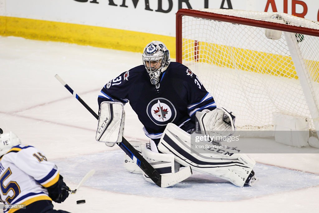 NHL: JAN 21 Blues at Jets : News Photo