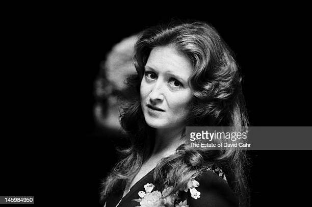 Blues singer and guitarist Bonnie Raitt poses for a portrait on July 22 1974 in New York City New York