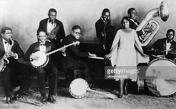 USA Blues singer Eva Taylor and her band members 1929 Vintage property of ullstein bild