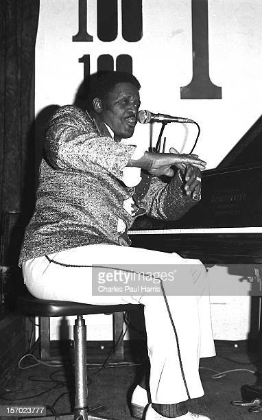 Blues singer Jimmy McCracklin performs at the 100 Club on March 29, 1981 in London, U.K.