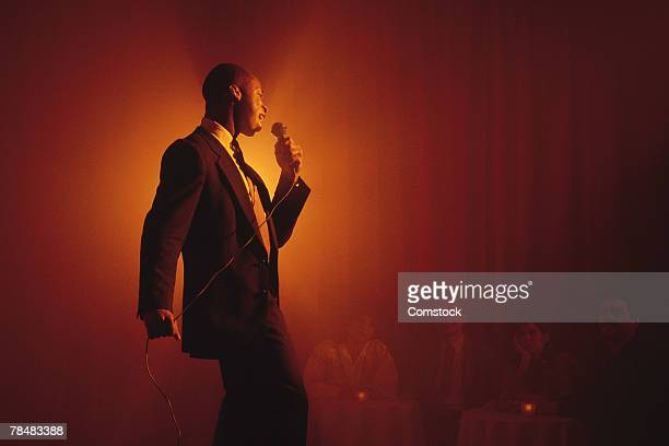 blues singer performing - blues music stock pictures, royalty-free photos & images
