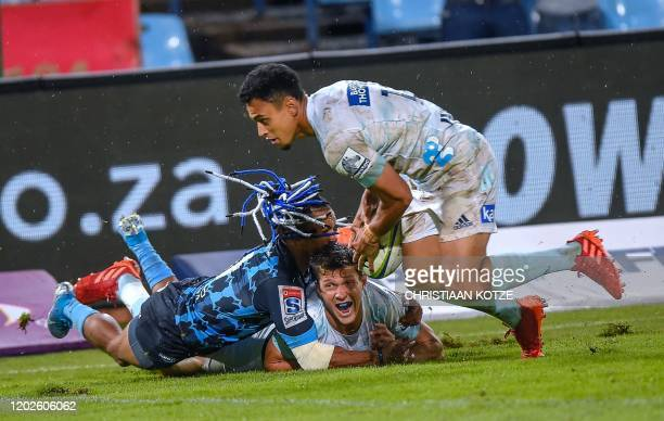 Blues' Stephen Perofeta scores a try during the Super Rugby match between Bulls and Blues at Loftus Versfeld in Pretoria on February 22 2020