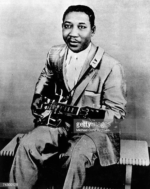 CHICAGO CIRCA 1950 Bluesman Muddy Waters poses for a portrait circa 1950 in Chicago Illinois