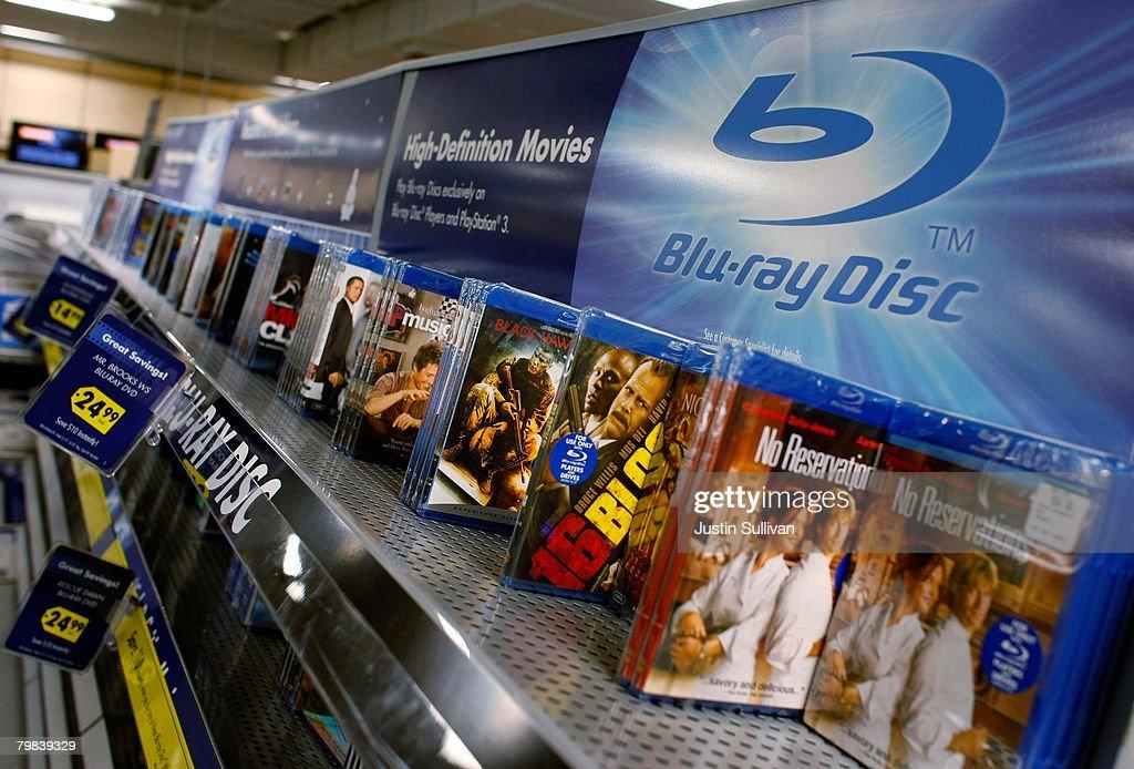 Toshiba Drops HD DVD, Crowning Sony's Blu Ray As Winner In Format War : News Photo