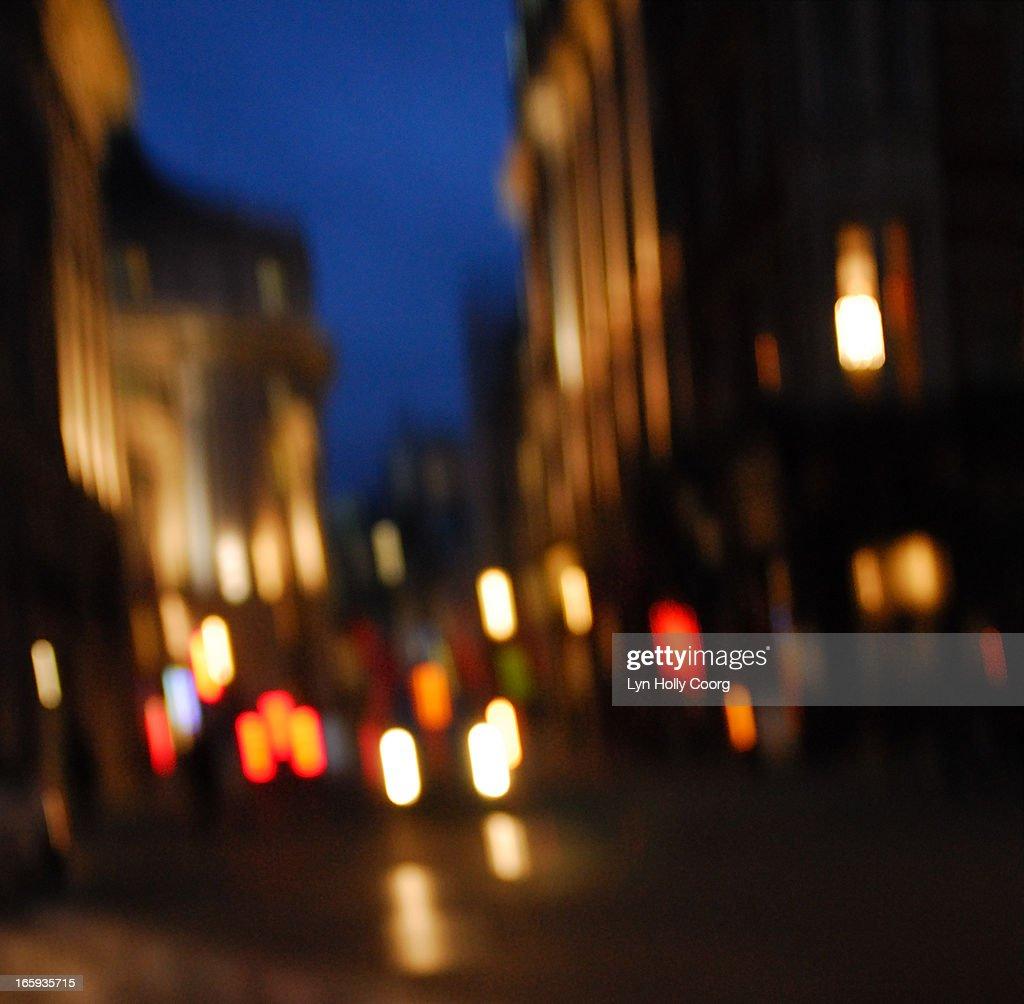 Blurred London street lights at night : Stock Photo