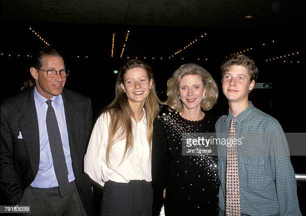 Blythe Danner Gwyneth Paltrow Bruce Paltrow and Jake Paltrow