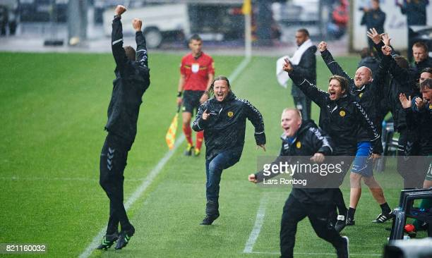 Bo Henriksen head coach of AC Horsens celebrates after scoring their fourth goal during the Danish Alka Superliga match between AC Horsens and Lyngby...