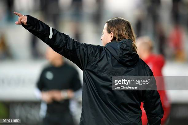 Bo Henriksen head coach of AC Horsens gives instructions during the Danish Alka Superliga match between AC Horsens and AaB Aalborg at Casa Arena...