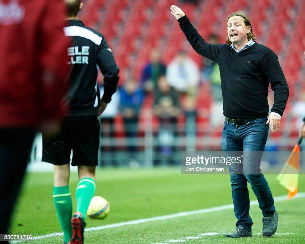 Bo Henriksen head coach of AC Horsens in action during the Danish Alka Superliga match between FC Copenhagen and AC Horsens at Telia Parken Stadium...
