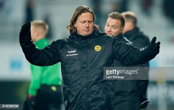 Bo Henriksen head coach of AC Horsens shows frustration during the Danish Alka Superliga match between AC Horsens and FC Midtjylland at CASA Arena...