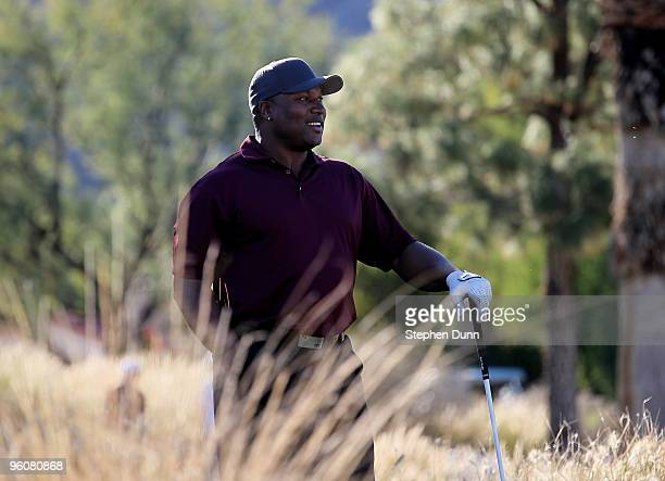 Bo Jackson waits to hit his tee shot on the ninth hole on the Nicklaus Private course at PGA West during the third round of the Bob Hope Classic on...