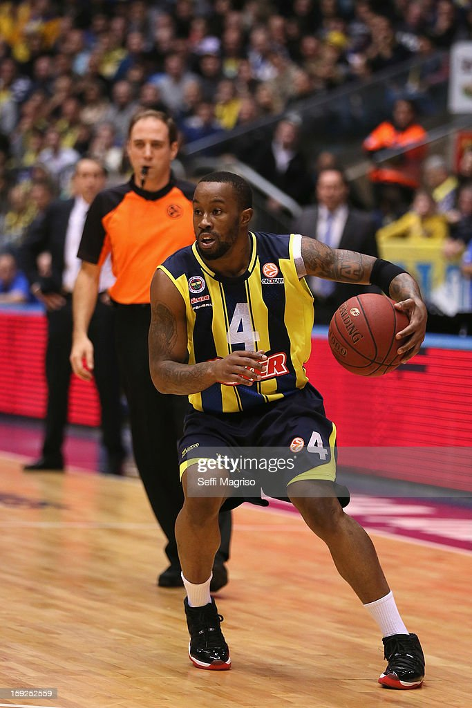 Bo McCalebb, #4 of Fenerbahce Ulker Istanbul in action during the 2012-2013 Turkish Airlines Euroleague Top 16 Date 3 between Maccabi Electra Tel Aviv v Fenerbahce Ulker Istanbul at Nokia Arena on January 10, 2013 in Tel Aviv, Israel.