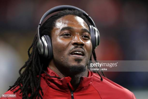 Bo Scarbrough of the Alabama Crimson Tide warms up prior to the game against the Georgia Bulldogs in the CFP National Championship presented by AT&T...