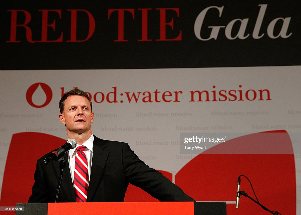 Water Mission Stuart McWhorter speaks at the Red Tie Gala Hosted by Blood:Water Mission and sponsored by Noodle & Boo at Hutton Hotel on November 21, 2013 in Nashville, Tennessee.