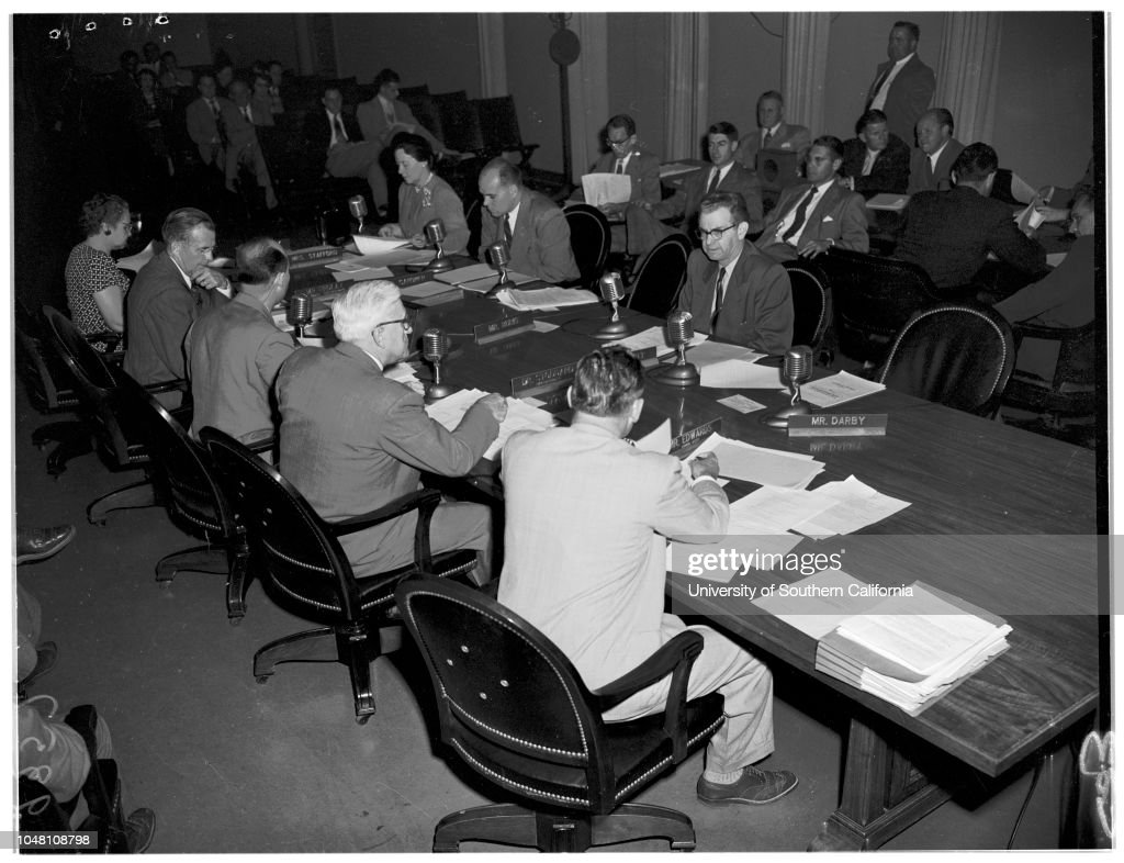 Board of Education, 1951 : News Photo
