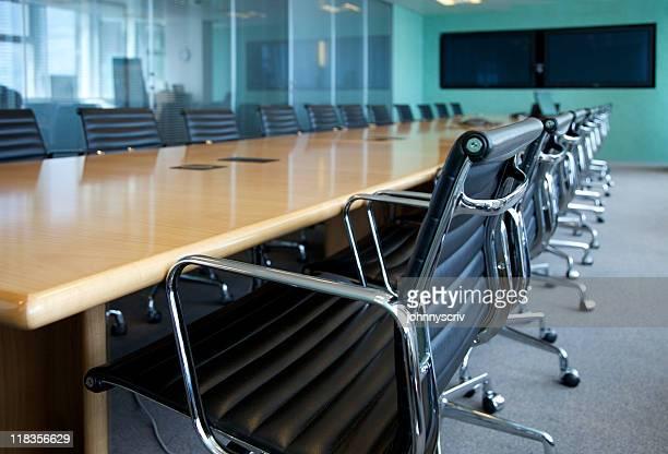 Meetingraum-Tisch.