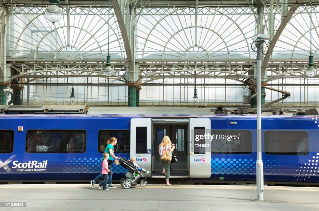 Boarding A Train At Glasgow Central : Stock Photo