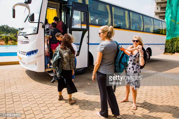 boarding coach - coach stock pictures, royalty-free photos & images