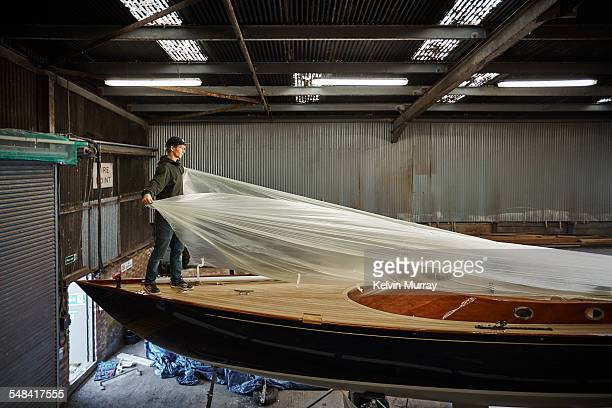 boat building craftsmen - nautical vessel stock pictures, royalty-free photos & images