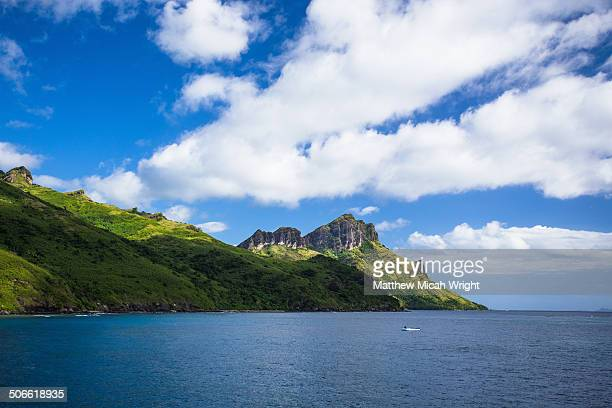 a boat cruise through the yasawa islands. - fiji stock pictures, royalty-free photos & images