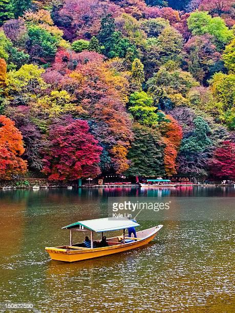 boat forward arashiyama - arashiyama stock pictures, royalty-free photos & images
