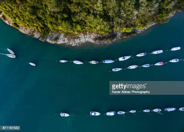 boat marina at stillwater marina. - ファンガパラオア半島 ストックフォトと画像