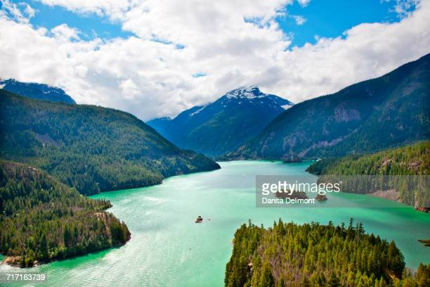 boat on diablo lake, north cascades national park, washington state, usa - diablo lake imagens e fotografias de stock
