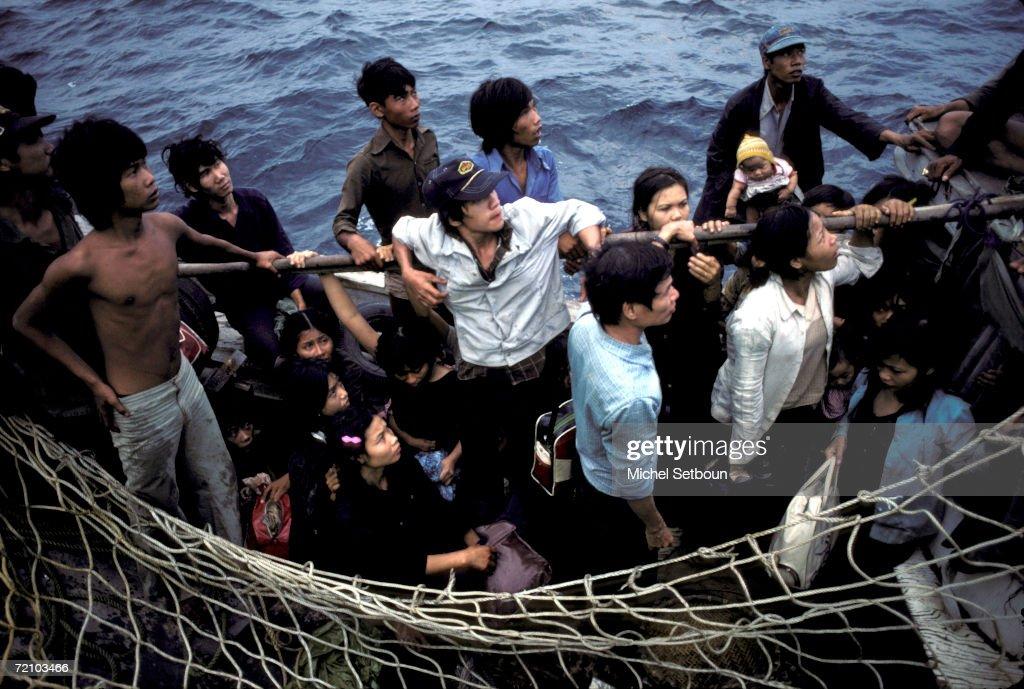 Boat People : News Photo