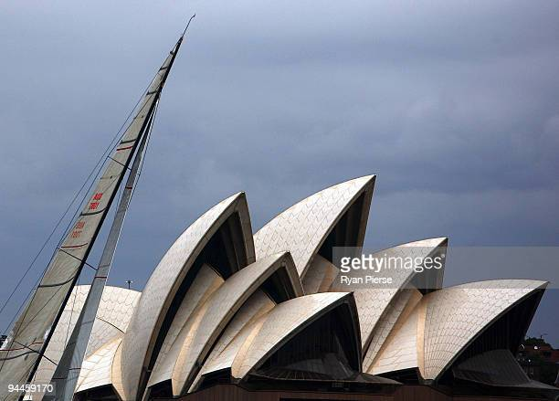 A boat sails past the Sydney Opera House during the Cruising Yacht Club of Australia 2009 SOLAS Big Boat Challenge on Sydney Harbour on December 15...