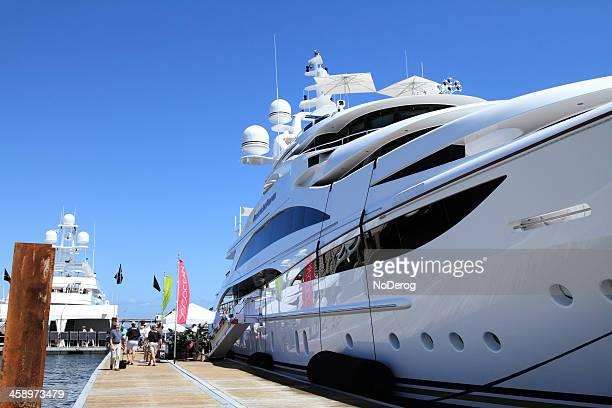 boat show in west palm beach - palm beach county stockfoto's en -beelden