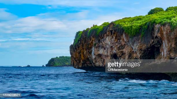 boat trip through the bay of santo antonio. in front of são josé island . - crmacedonio stock pictures, royalty-free photos & images