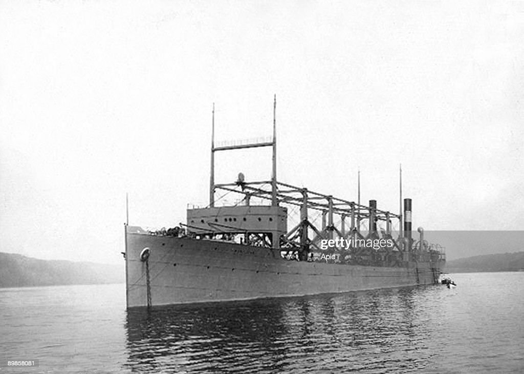 Boat USS Cyclops which disapeared in Bermuda when it came back from a trip to Brazil in march 1918 : News Photo