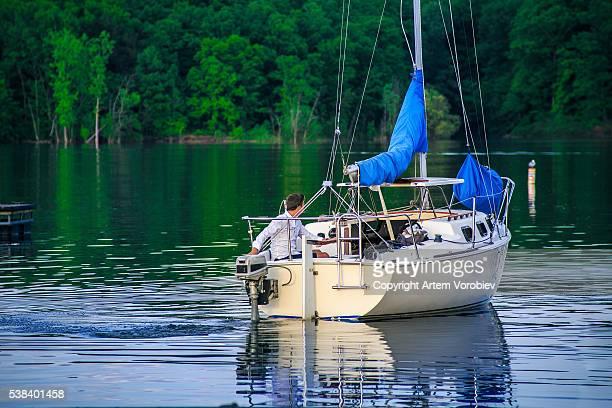 Boating on Alum Creek Lake