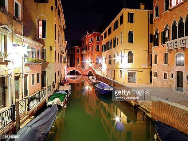 boats in canal - bernd schunack stock pictures, royalty-free photos & images
